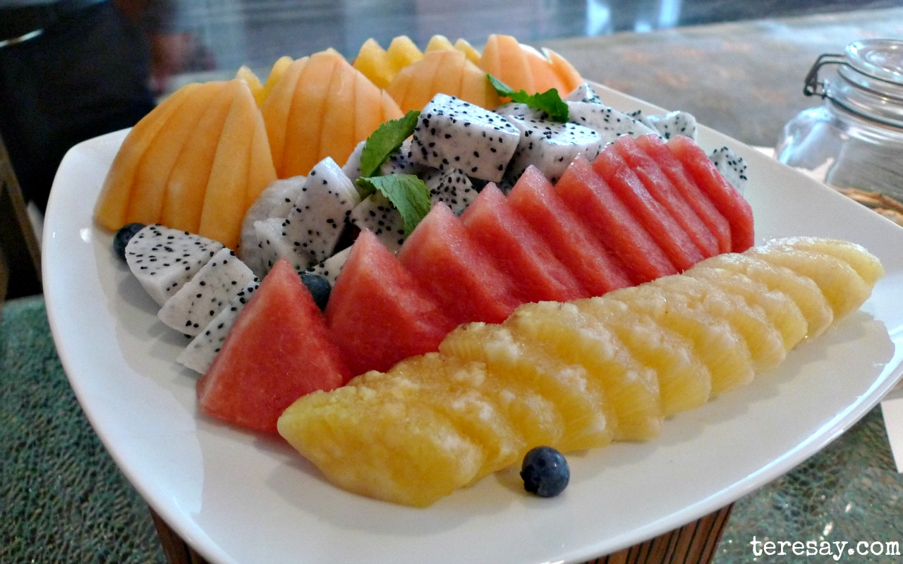 Are Fruitarian Diets (80/10/10 or 90/5/5) Really Healthy?