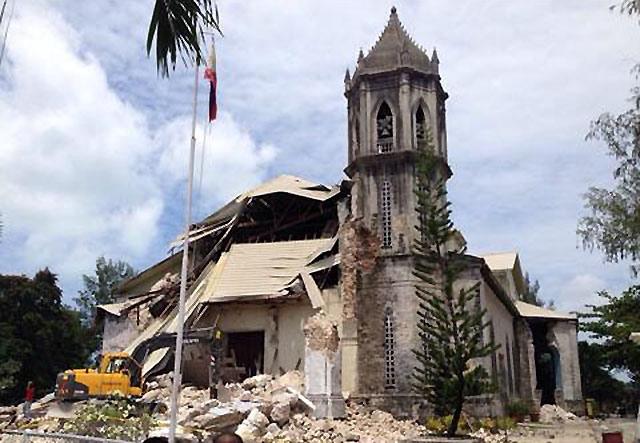 Dauis Church damage