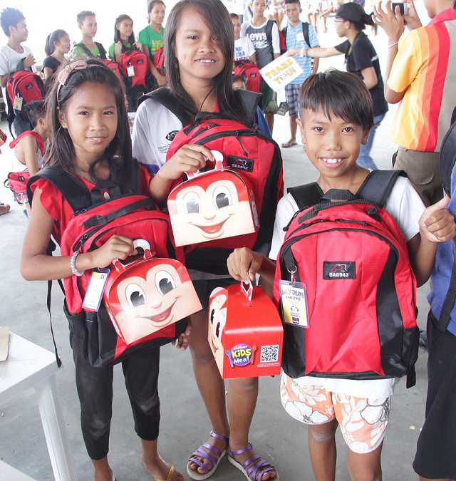 Gifts of Hope from Jollibee Family Values Awardees